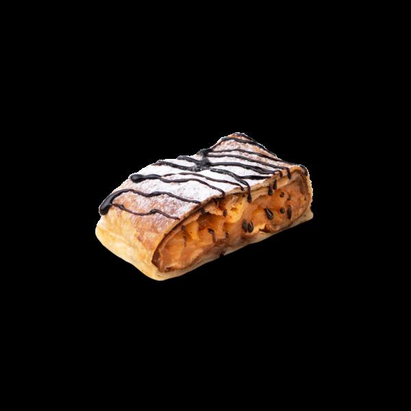 Яблочный штрудель с карамелью