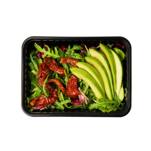 Микс-салат с авокадо и вялеными томатами